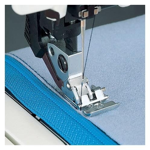 Лапка для вшивания молнии c IDT PFAFF 820248-096 - Интернет-магазин