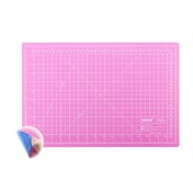 Коврик розово-голубой для раскройных ножей 30x45 см DONWEI DW-12123 (АС)