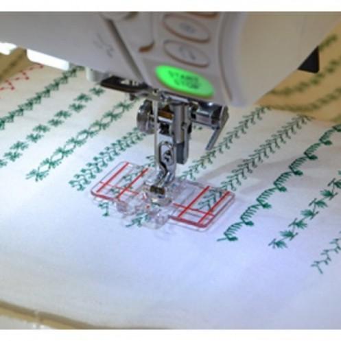 Прозрачная лапка Janome с разметкой 9 мм JANOME 202084000 - Интернет-магазин