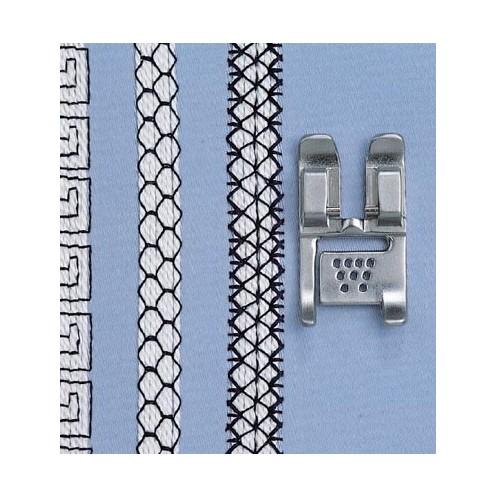 Лапка с 9 отверстиями для пришивания шнуров PFAFF 820608-096 - Интернет-магазин