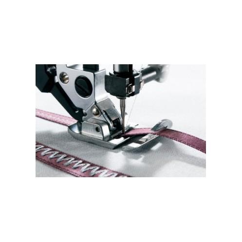 Лапка для декорирования лентами с системой IDT PFAFF 820614-096 - Интернет-магазин