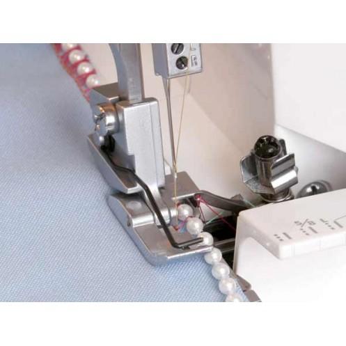 Лапка и направитель для вшивания бисерных нитей на оверлоке JANOME 200214108 - Интернет-магазин